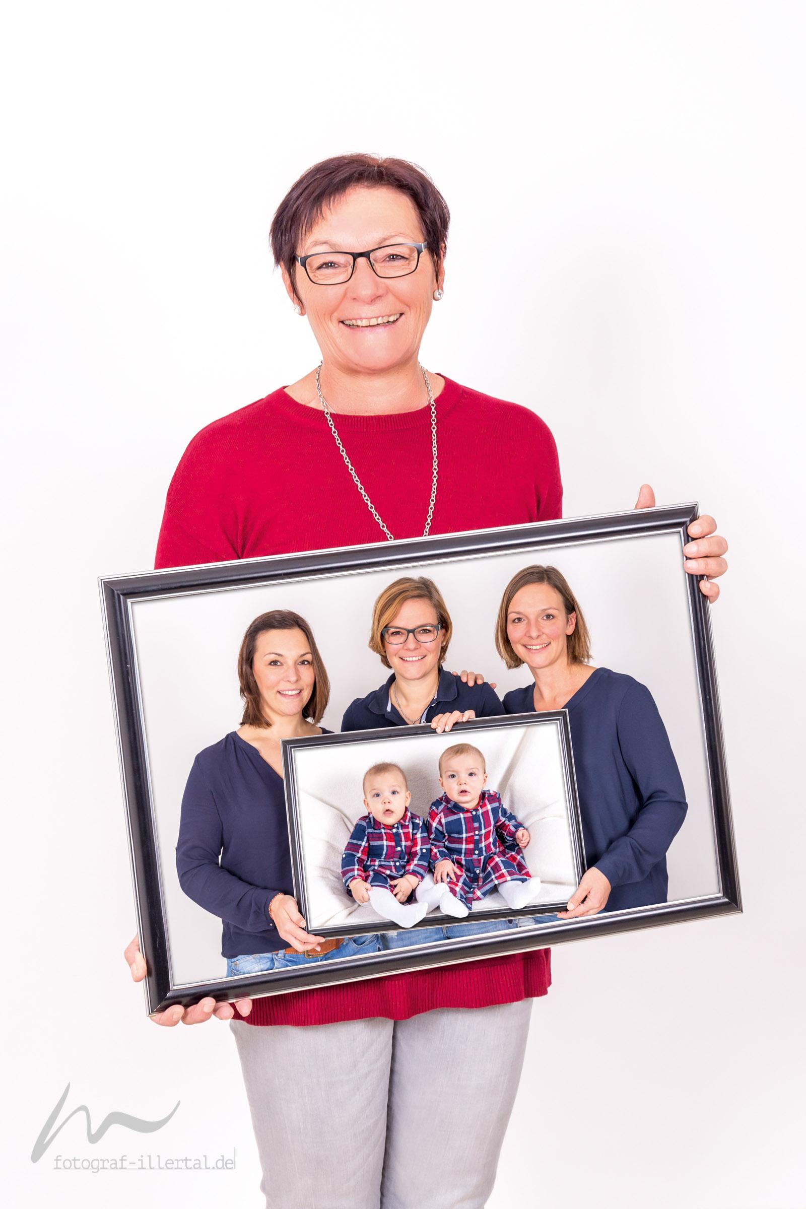 Fotograf Illertal-Christian Miller-Kinderfotos-Familienfotos-_Collage_Füsse-draussen_60x40