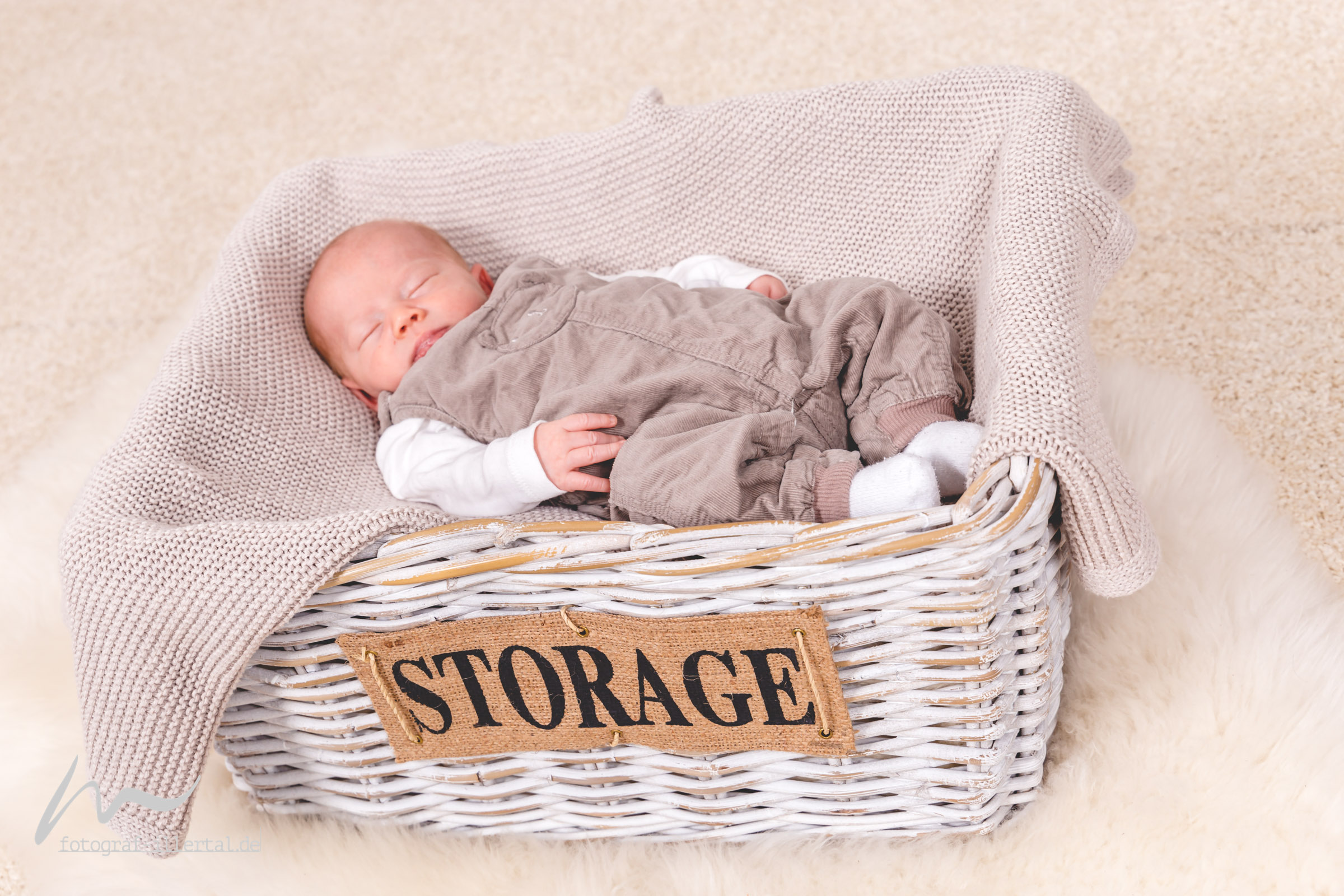 Fotograf Illertal-Christian Miller-Kinderfotos-Familienfotos-_MG_1481
