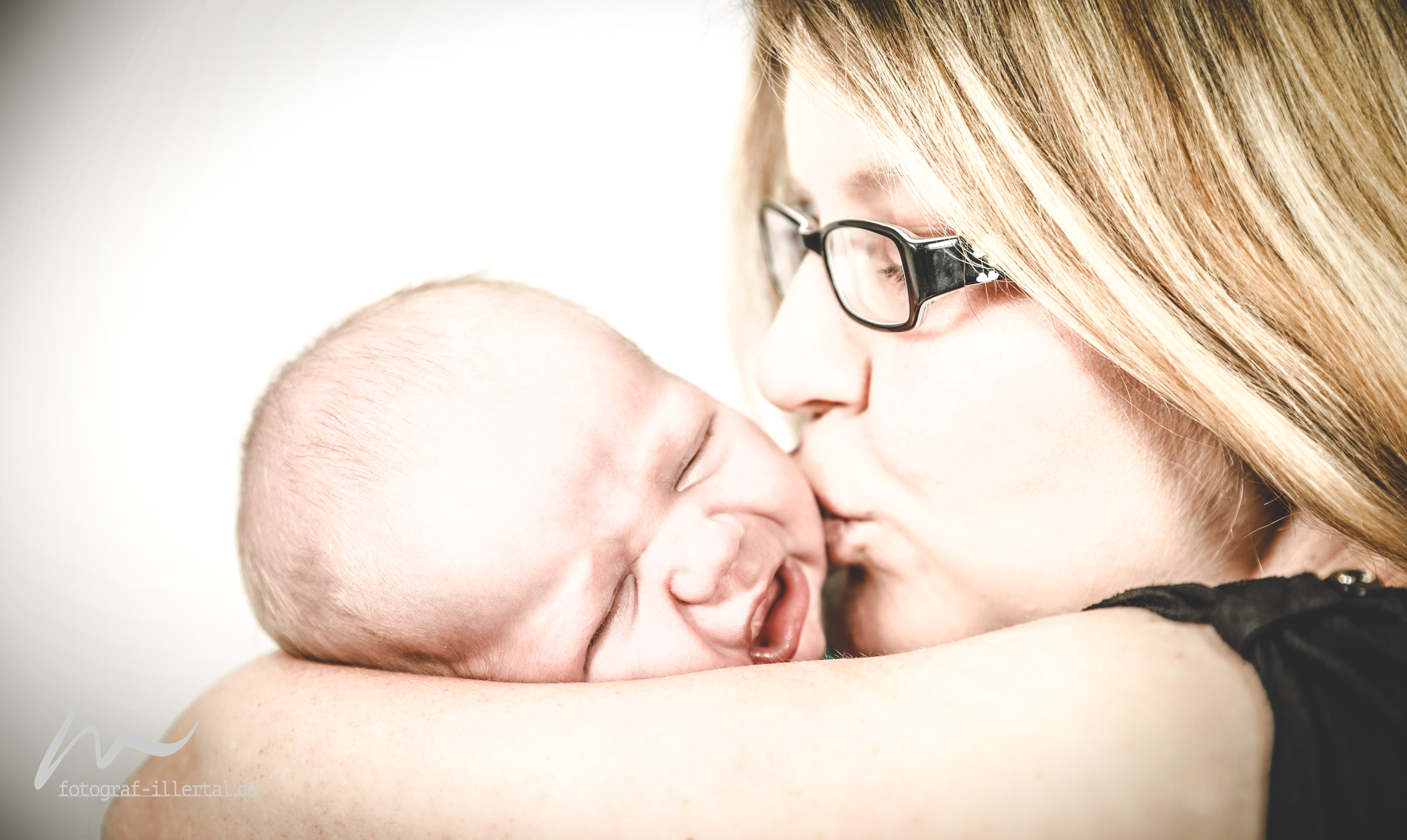 Fotograf Illertal-Christian Miller-Kinderfotos-Familienfotos-_MG_8316